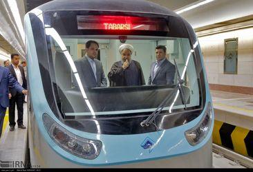 تصاویر حضور رییس جمهور در مترو در خراسان رضوی