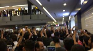 اعتراض فروشندگان پاساژ علاءالدین و چارسو به گرانی دلار