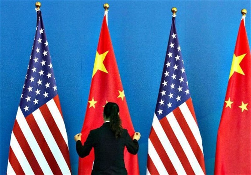 چین: آمریکا در حال آتش گشودن به روی اقتصاد جهان است