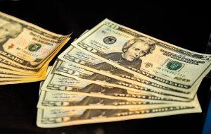 فرمول دولت برای دلار ۸ هزار تومانی