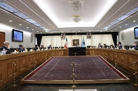 رئیس بانک مرکزی: صادرکنندگان حداقل ۷۰ درصد ارز حاصل از صادرات خود را به کشور بازگردانند