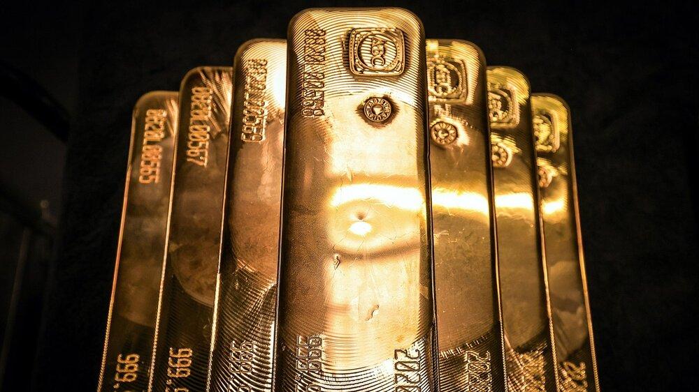 بزرگترین کاهش ماهانه طلای جهانی در ۴ سال اخیر