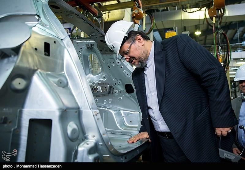 وزیر صنعت: افزایش بیش از ۹/۶ درصدی قیمت خودرو مجاز نیست