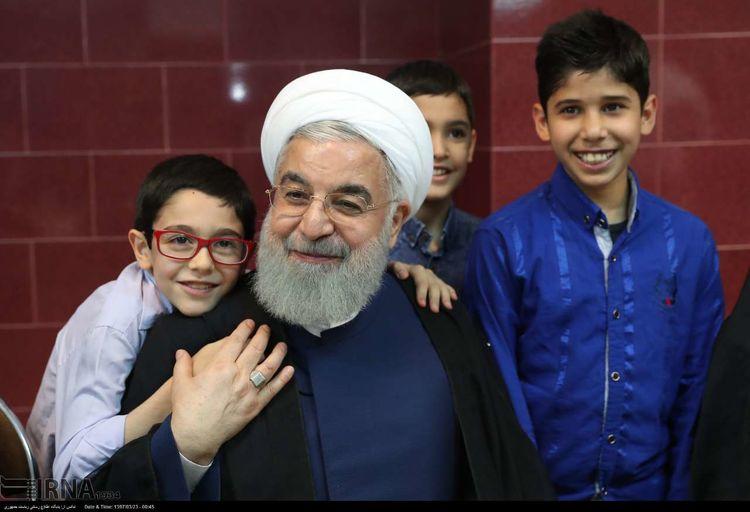 گزارش تصویری دیدار حسن روحانی با مددجویان بهزیستی و کمیته امداد