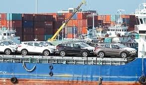 تازه ترین خبرها از پرونده قاچاق سازمان یافته خودرو / گمرک قاچاق ۱۳ کانتینر پارچه از گمرک کیش را تکذیب کرد