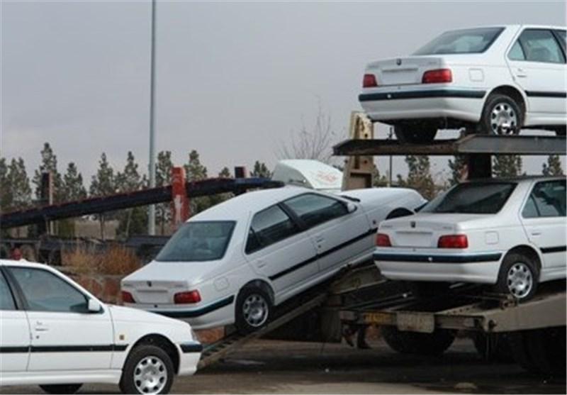 قیمتهای فعلی در بازار خودرو حبابی است و باید کاهش یابد