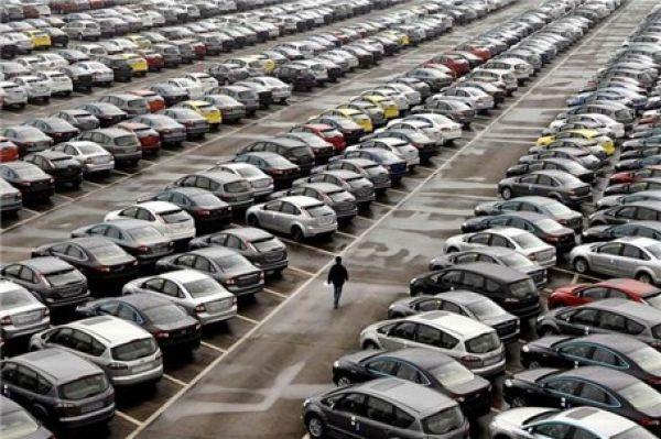 خالی شدن حباب قیمت خودرو /پژو۲۰۰۸ بیست میلیون ارزان شد / مزدا ۳ و استپ وی ۹ تا ۱۰ میلیون سقوط کردند