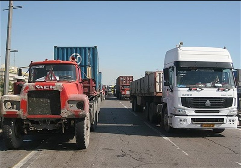 آغاز طرح گسترده بیمه تکمیلی رایگان رانندگان حمل ونقل جادهای کالا و خانواده آنها
